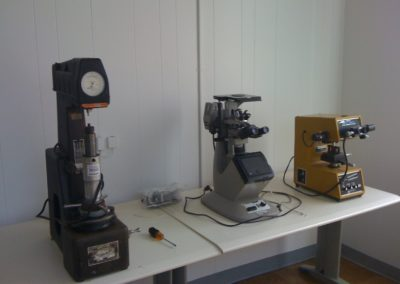 Microscope-and-micro-hardness-tester